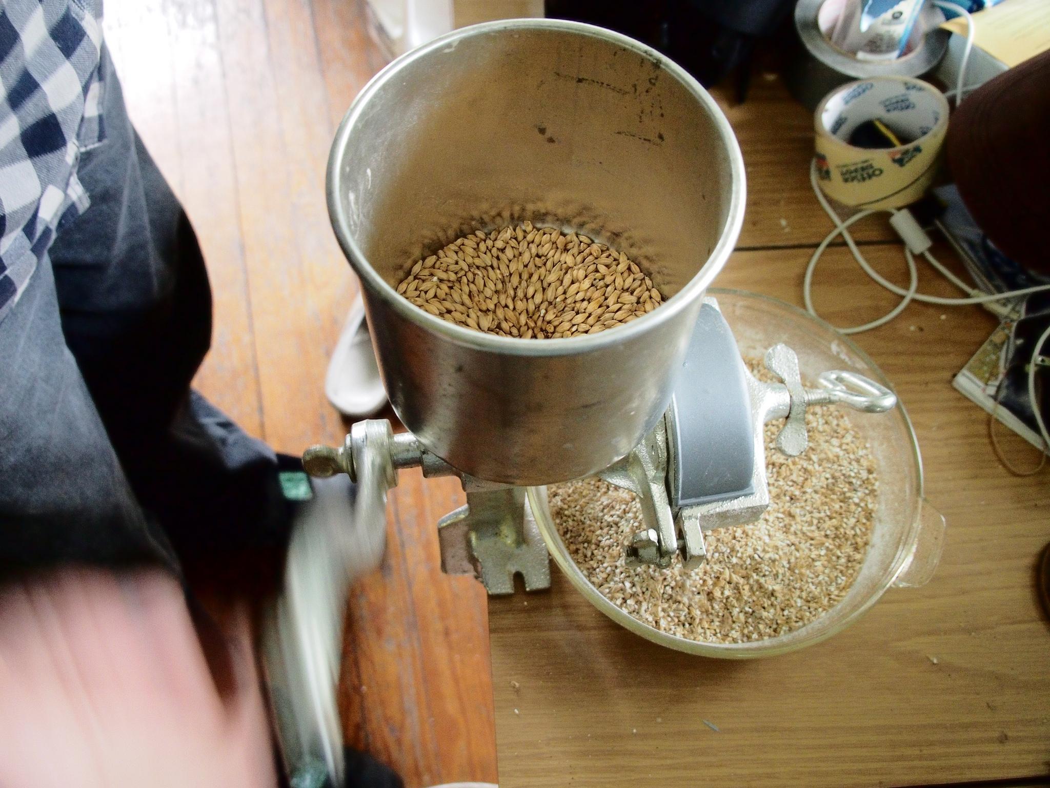 grinding malt